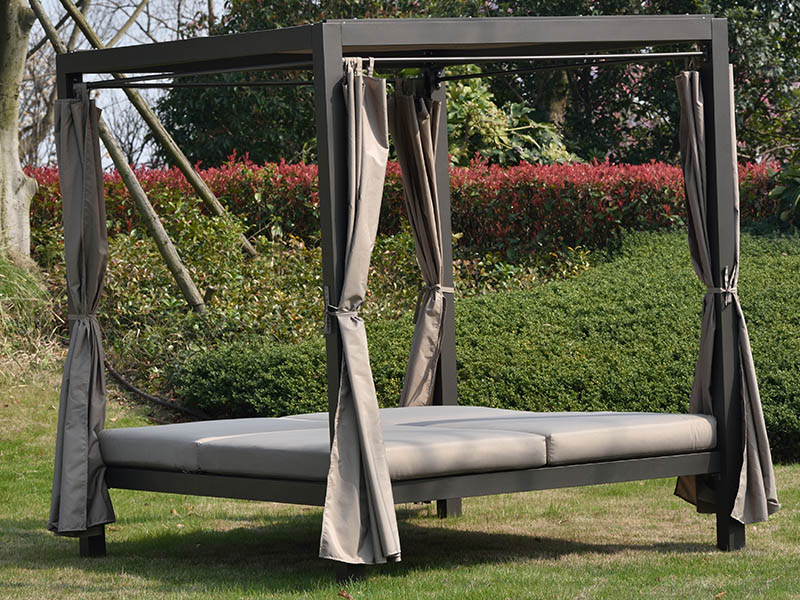 High quality aluminium frame outdoor PE rattan lying bed